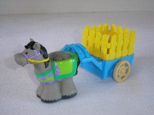 2003 Fisher Price Little People Grey Horse W Blue And Yellow Cart for Lil Kingdom Castle Newer FP LP