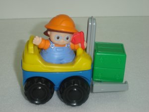 2002 Fisher Price Little People Fork Lift With Girl Construction Worker and Cargo Box Newer FP LP