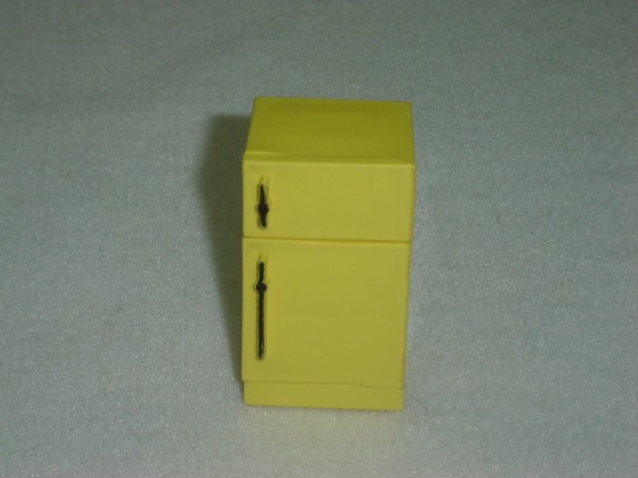 Vintage Fisher Price Play Family Playrooms Yellow Refrigerator Fridge Model 909 From 1972 To 1974