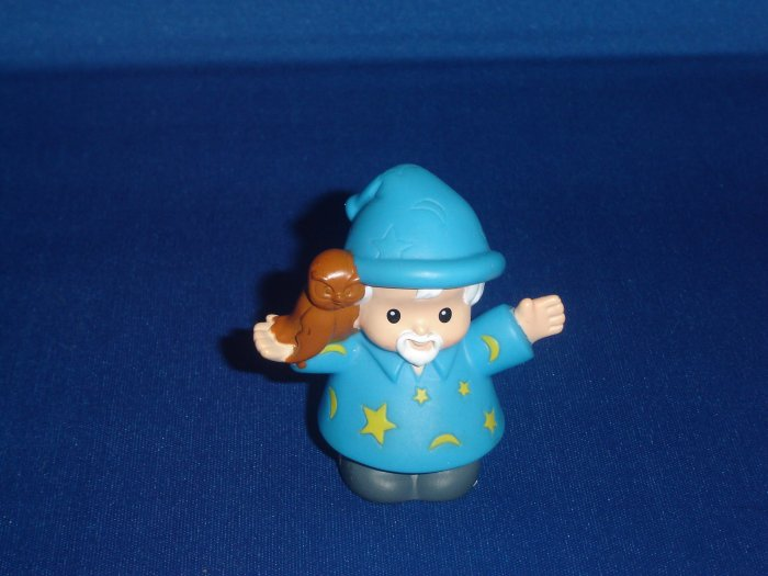 2005 Fisher Price Little People Blue Wizard McDonalds Promotion for Lil Kingdom Castle Newer FP LP