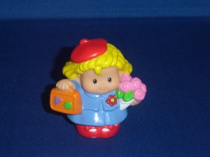 2003 Fisher Price Little People Traveler Sarah Lynn Girl With Suitcase and Flowers Newer FP LP