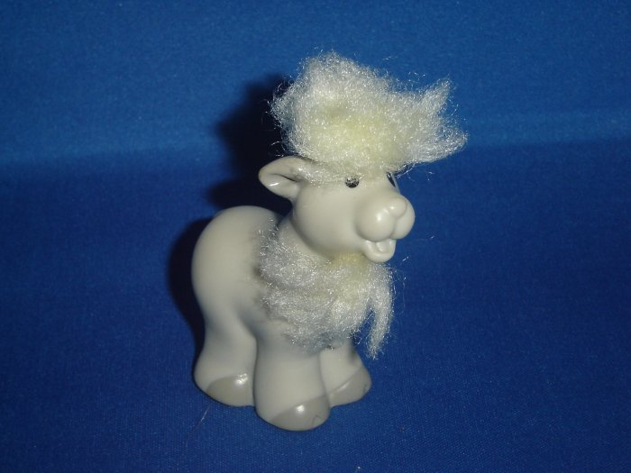 2005 Fisher Price Little People Touch and Feel Grey Goat for Barn or Farm Newer FP LP