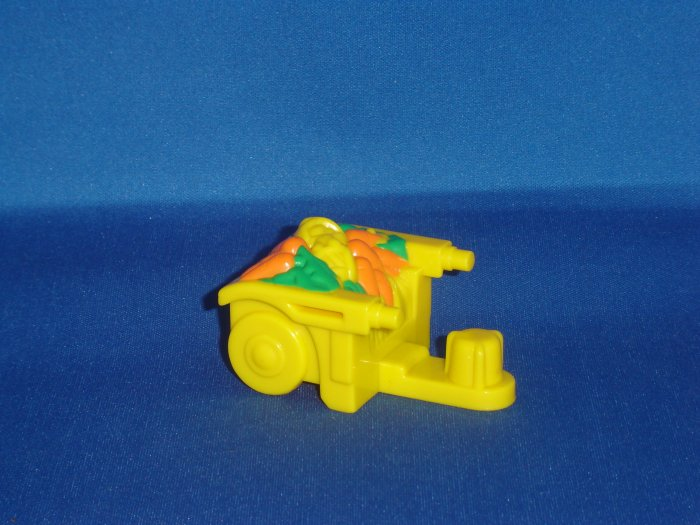 Fisher Price Little People Yellow Cart Wagon For Barn and Garden Sets Newer FP LP
