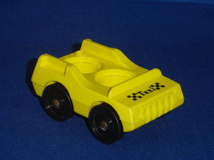 Vintage Fisher Price Little People Play Family Main Street Yellow Phone Taxi 2500 From 1986