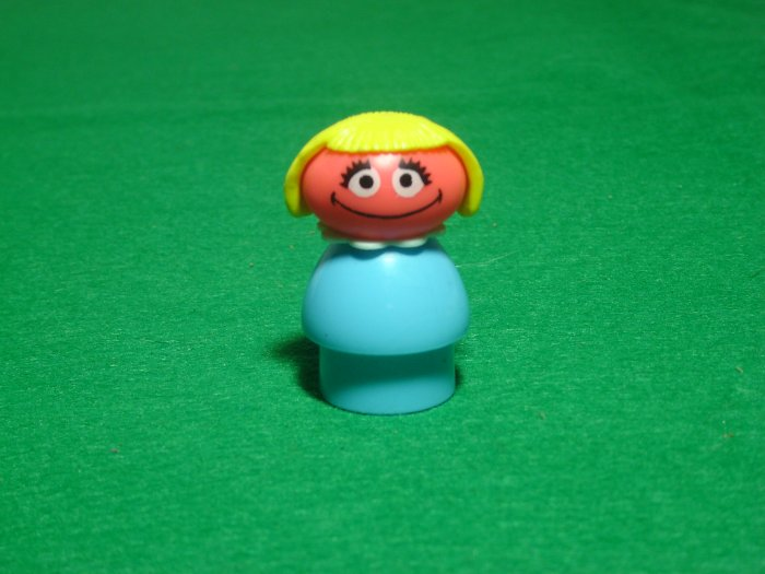 MINT Vintage Fisher Price Little People Prairie Dawn From The 940 938 Sesame Street Set