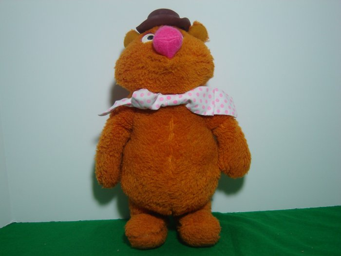 Vintage 1976 Fisher Price Muppets FOZZIE BEAR Doll by Jim Henson Model 851 Plush Stuffed Toy