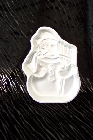 Snow Man Cake Pan -- by Wilton -- 502-1646 -- 1980 *