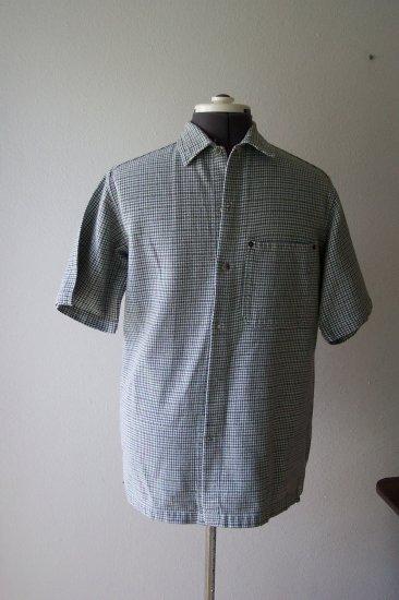 Man's Green Plaid Short Sleeve Shirt *