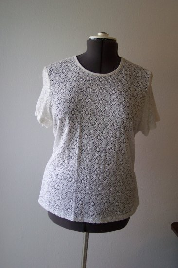 White lace knit top *