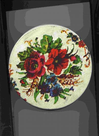 Flowered Fruit Cake Tin (medium) -- Vintage *