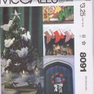 8091 McCall's -- Christmas Decorations  *