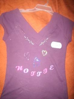 Hottie Hearts V-Tee Size Medium