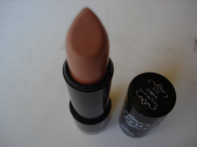 NYX Round Lipstick: Circe