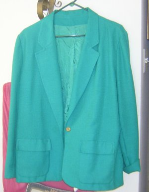Ladies fully lined kelly green blazer, size 14