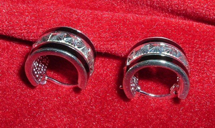 Sterling Silver Black Enamel Earrings Starburst Cut
