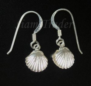 Sterling Silver Clam Shell Dangling Earrings AESS1710