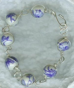 China Blue and White Wire Wrap Bracelet
