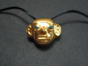 Big eye cord necklace