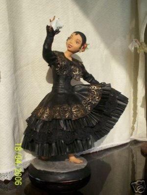 marinera peruvian tipical doll ceramic in cold tecnique
