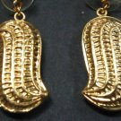 peanut fruit earrings sipan peru culture