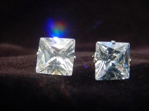Sterling Silver Square-Shaped 9mm Studs
