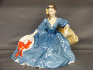 Royal Doulton HN2429 Elyse Lady Figurine
