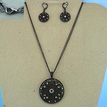 Black Round Filagree Crystal Victorian Style Necklace and Earring Set