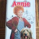 ANNIE Carol Burnett Albert Finney Ann Reinking Childrens Family VHS Movie