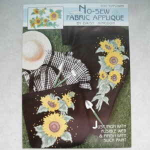 NEW Daisy Kingdom No-Sew Fabric Applique 6282 Sunflower