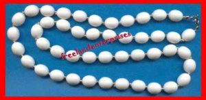"""Necklace Beads White Oval Beads & Goldtone Seed 30"""" VTG?"""