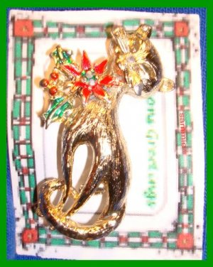 Christmas PIN #329 Cat/Kitty Goldtone & Enamel w/Holly & Poinsettia VTG Brooch