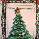 Christmas PIN #0435 Vintage Green Christmas Tree Goldtone Star w/Red Rhinestone