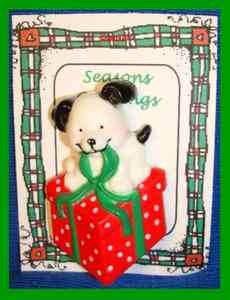 Christmas PIN #0330 VTG RUSS Black & White Puppy Dog w/Red Polka Dot Gift Box