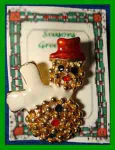 Christmas PIN #0322 Snowman Goldtone & Enamel White Scarf & Red Hat