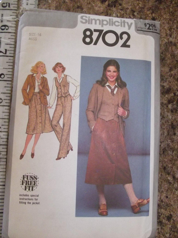Vintage Simplicity 8702 1978 Size 16