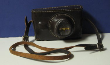 Argus C3 Colormatic 35mm Camera with Case - 1950s Vintage - Bakelite