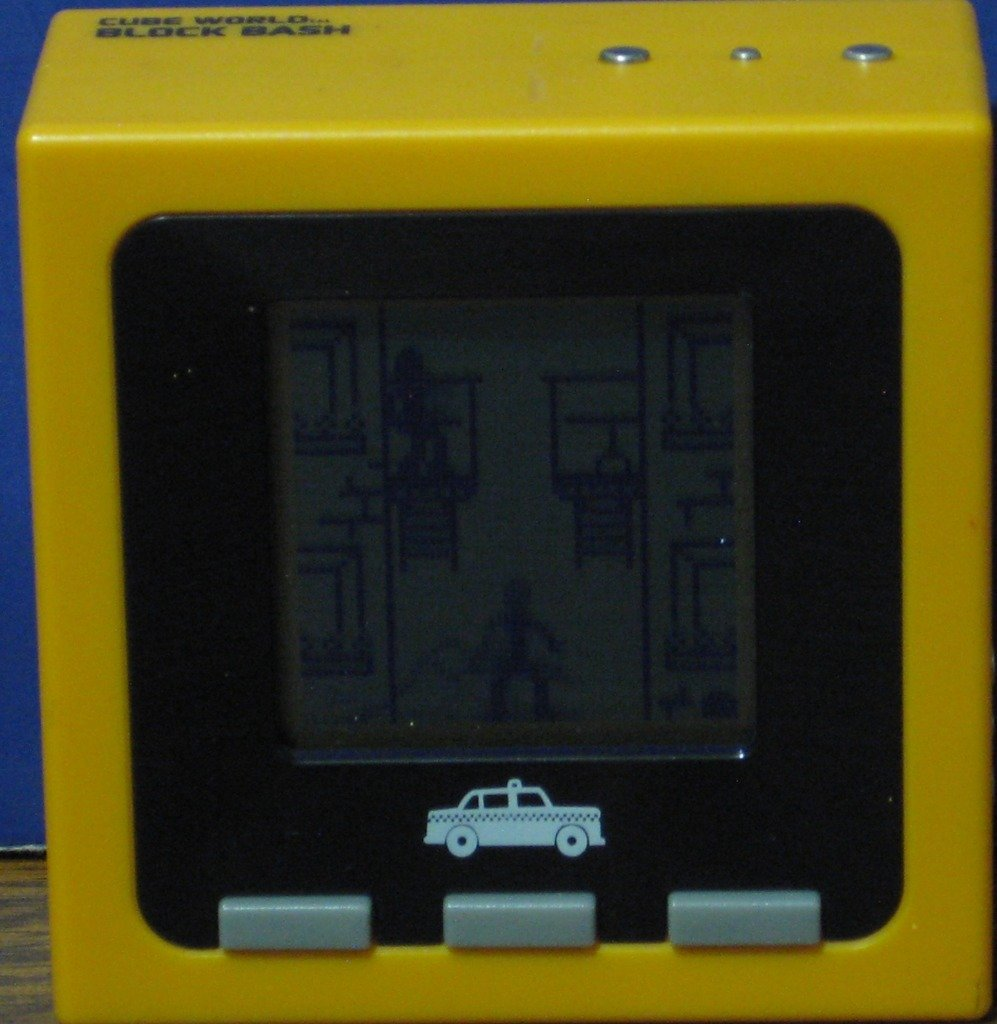 Cube World Block Bash Interactive Electronic Stick Figure Game - Radica 2007