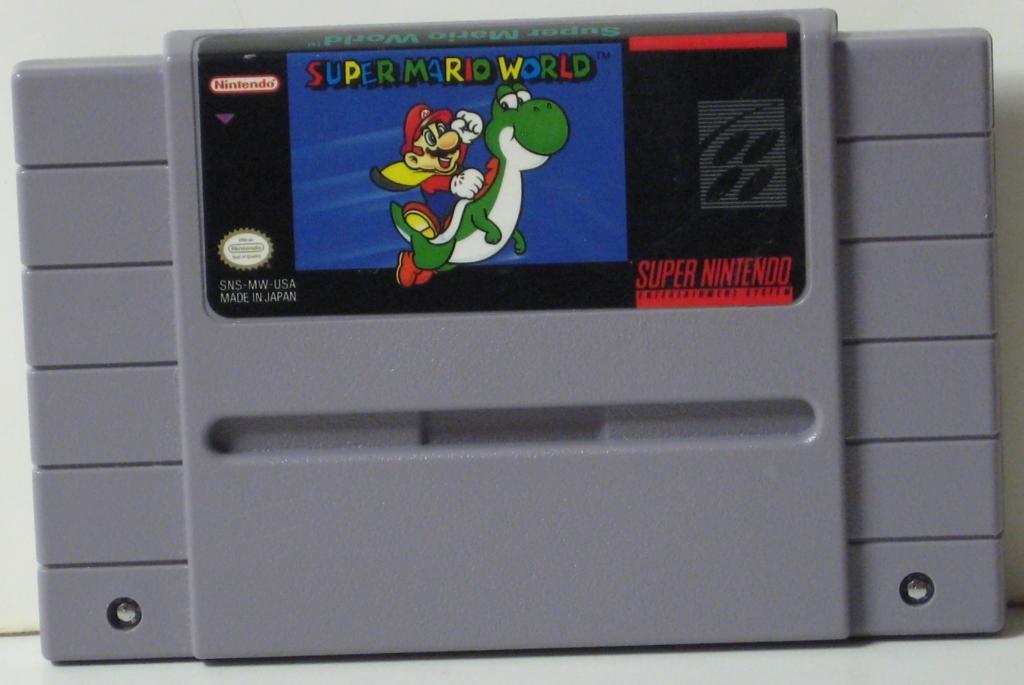 Nintendo Super NES Super Mario World - 1991 SNES