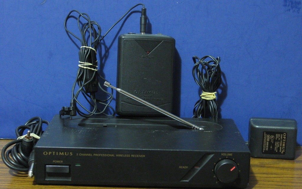 Optimus 32-1235 2 Channel Professional Wireless Audio Link System and Microphone
