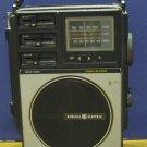 General Electric AM / FM Portable Radio 7-2890A - GE - 1977 Vintage