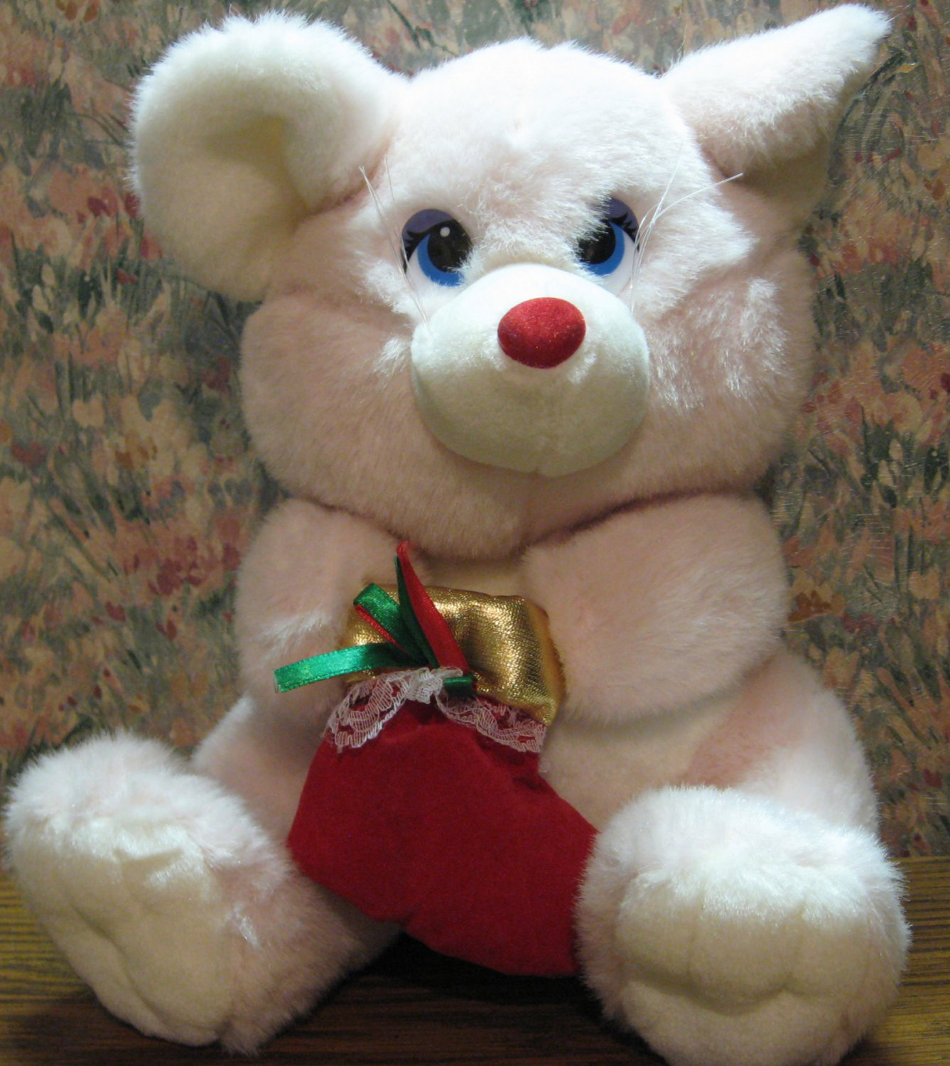 """Sugar Loaf Plush Winter / Christmas Kitty or Mouse 10"""" - 1998 Vintage"""