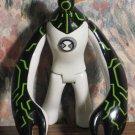 "Ben 10 Alien Upgrade 4"" Action Figure White Green Black - Bandai - 2006 Vintage"