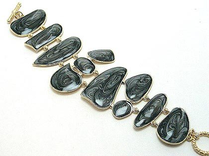 Toggle bracelet with black marbled epoxy finish BR28