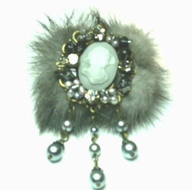 Unique Cameo Grey Fur Pearls Crystal Brooch Pin Broach BP63