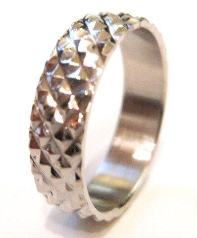 Textured Diamond Shape Pattern Stainless Steel Ring SSR2001
