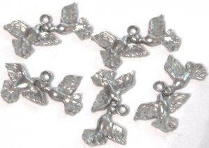 5 Peace Dove with Heart Pewter Charms Wholesale Lot
