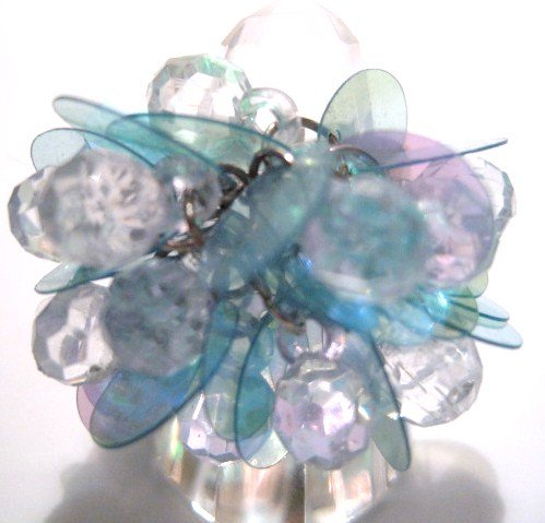 Trendy LIGHT BLUE Dazzling Sequin Beads Cha Cha Ring OS39
