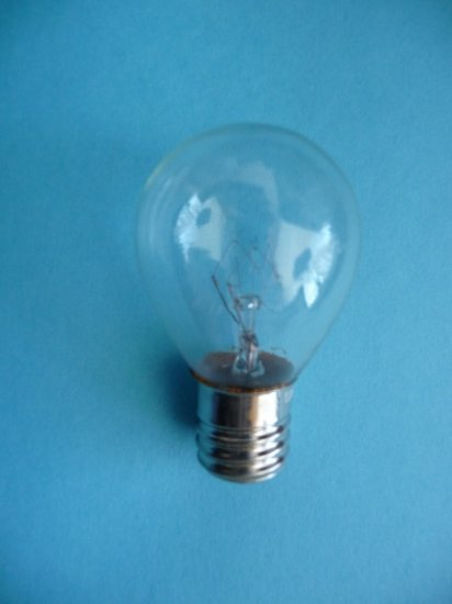 Light Bulbs >> Singer 99 185 Sewing Machine Light Bulb - 15 Watt Globe Bulb, Screw-In