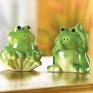 FROG SALT & PEPPER SHAKERS