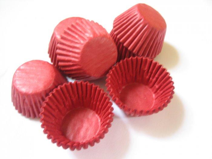 200pcs Mini Paper Cake Cup Red